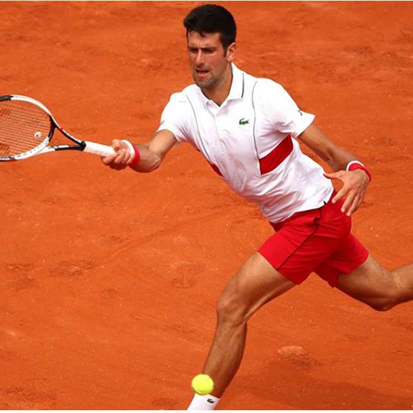 2654f3cf19 Camisa Polo Lacoste Novak Djokovic - Branco e Vermelho - Oficina do ...
